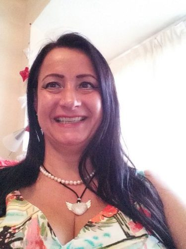 Sugar Mummy In Florida, USA Wants To Have A Good Time