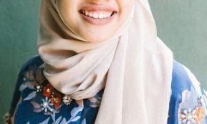 Rich Malaysian Woman Seeking Man For Dating