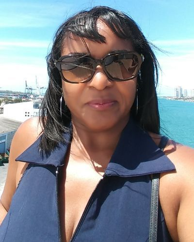 Sugar Mummy In West Palm Beach, Florida, USA Available