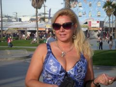 Belgium Sugar Mummy Looking For A Black Man To Love Her