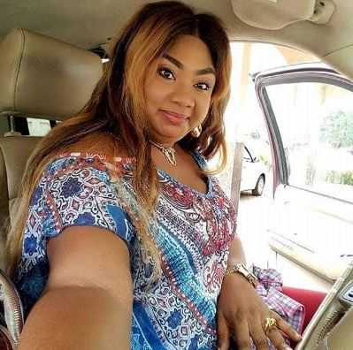 South Africa Sugar Mummy Want To Take You To London