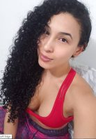 This Young Sugar Mummy In Dubai Is Interested In You – Chat With Her On WhatsApp