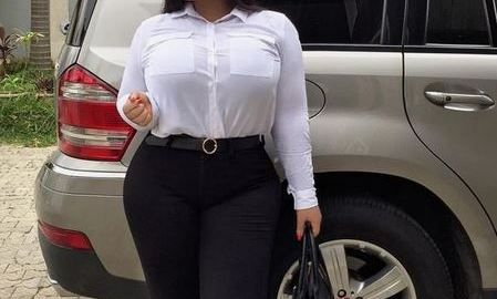 Sugar Mummy From Africa Who Wants Hook Up With You