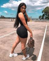 Rich Sugar Mummy In Ottawa, Canada Is Looking For A Young Guy Like YOU