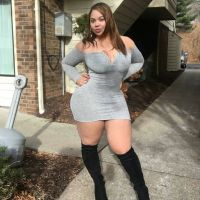 Contact This Rich Sugar Mummy Now – She's Online