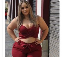 Rich Sugar Mummy In USA Sent You Her Direct Phone Number – Call Her Now
