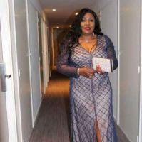 Rich Sugar Mummy In Texas, USA Wants To Pay You Per Hour – Accept Her
