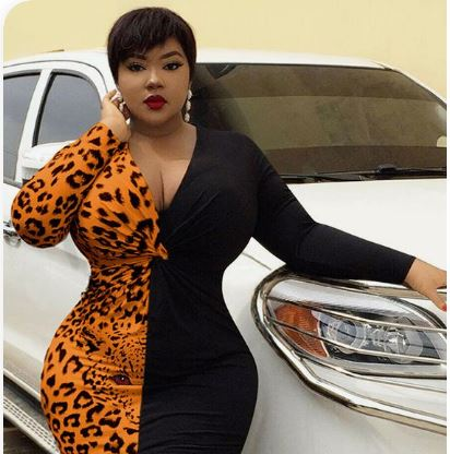 Direct Whatsapp Number Of This Rich Sugar Mummy Is Available