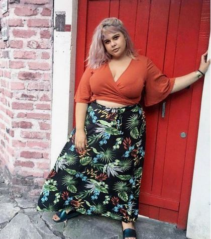 This Sugar Mummy Is Rich And Single, She Needs A Serious Man In Her Life