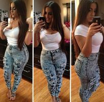 Rich USA Sugar Mummy Wants To Take You Out - Are You Interested?