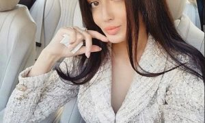 This Rich S ugar Mummy In Dubai, UAE Available For Dating