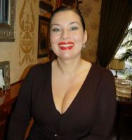 This Rich Sugar Mummy In Dubai, UAE Wants To Have Fun With YOU – If You Are Interested CLICK HERE