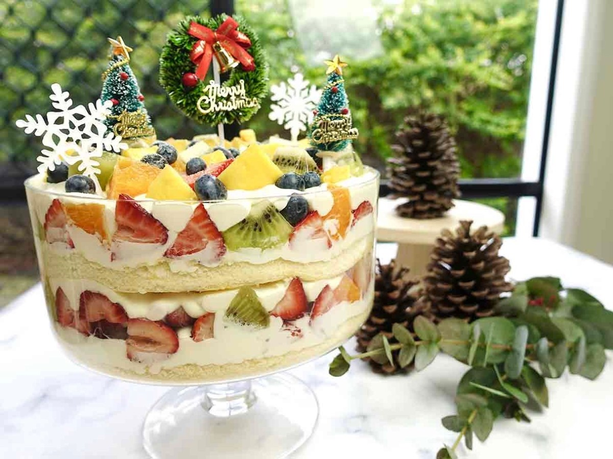 White Forest Christmas Trifle