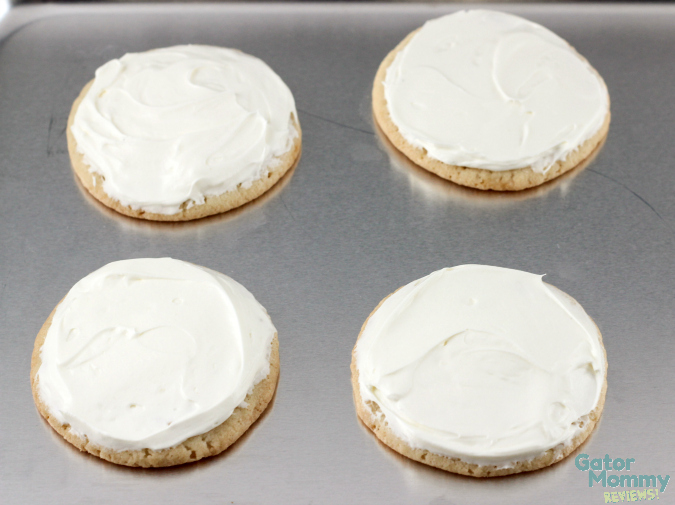 Sugar Cookie Pizzas