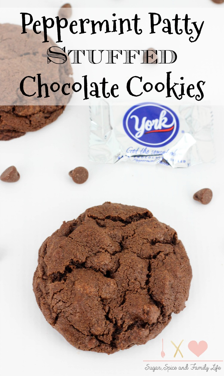 peppermint-patty-stuffed-chocolate-cookies