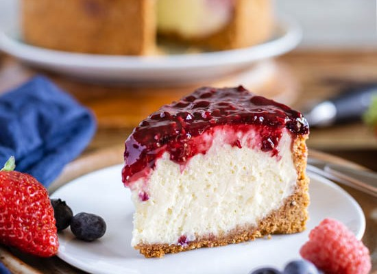 Instant Pot Cheesecake with Berry Topping