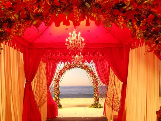 12 Breathtaking Wedding Entrances Sugar Weddings Amp Parties