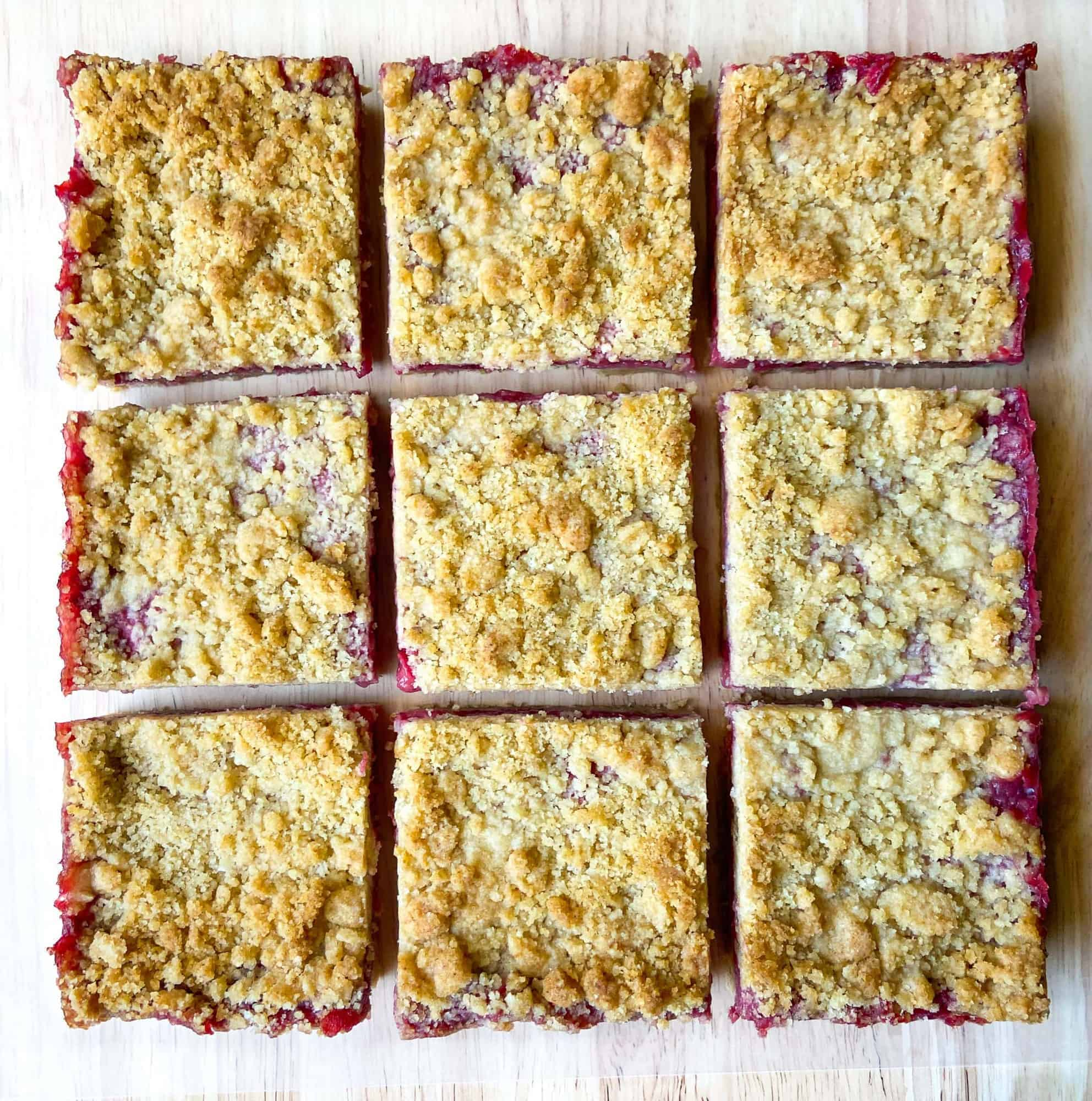 Strawberry bars with crumble on top