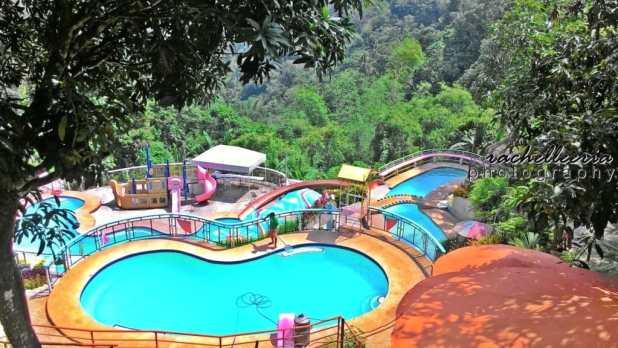 Busay Holiday Pool