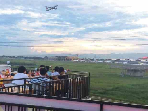 Joaquin-Runway-View plane