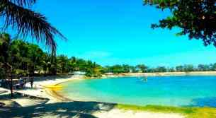 cordova-reef-village-resort-beach