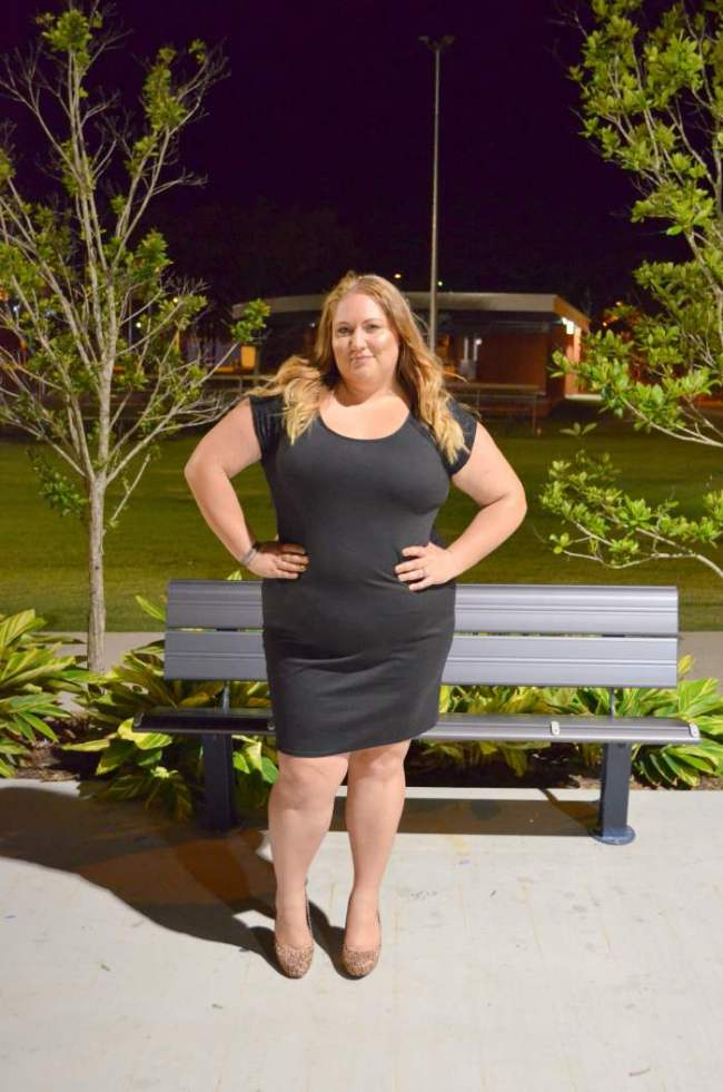 plus size lbd with heels 008