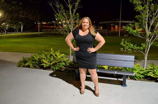 plus size lbd with heels 009
