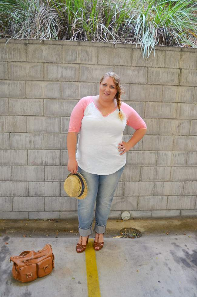 plus size baseball tee with jeans 003