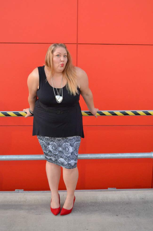 plus size valentines day outfit 006