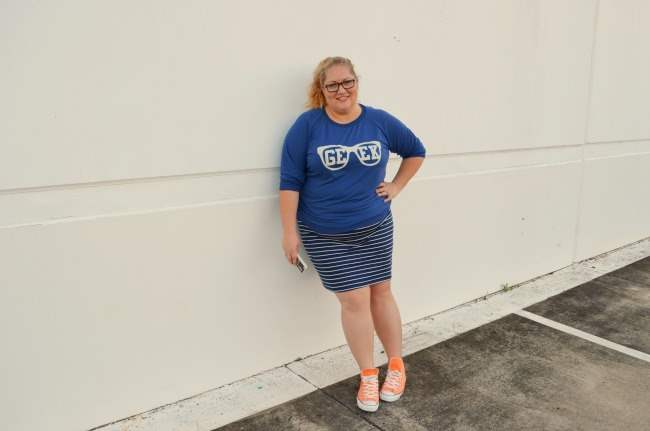Plus size outfit with ASOS Curve Geek Tee 005