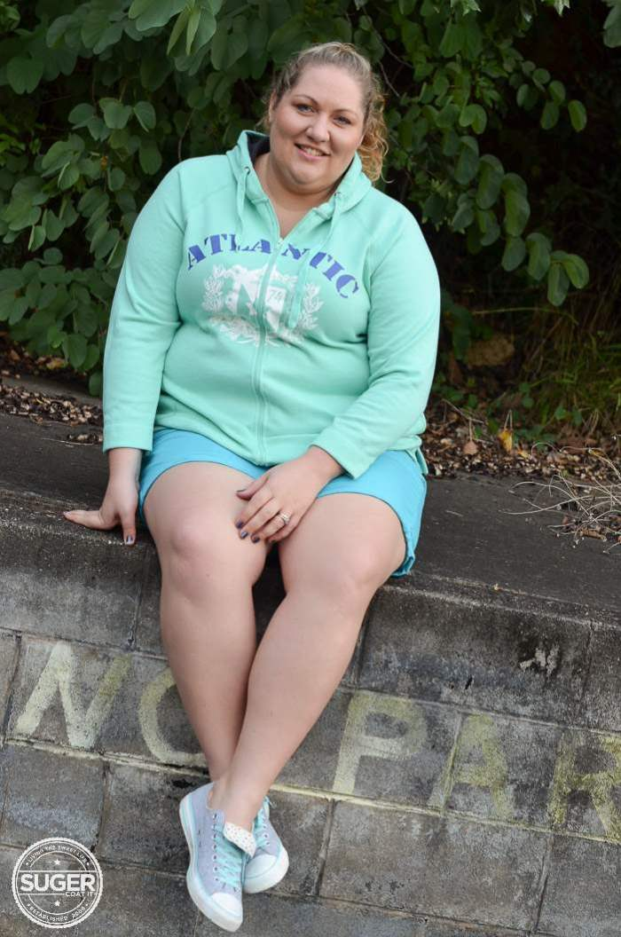 plus size hoodie + shorts outfit-3