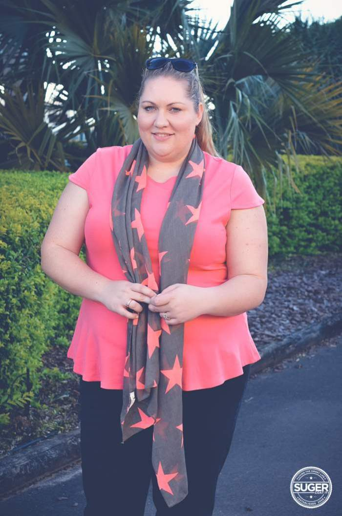 a plus size weekend outfit jeans and scarf-1