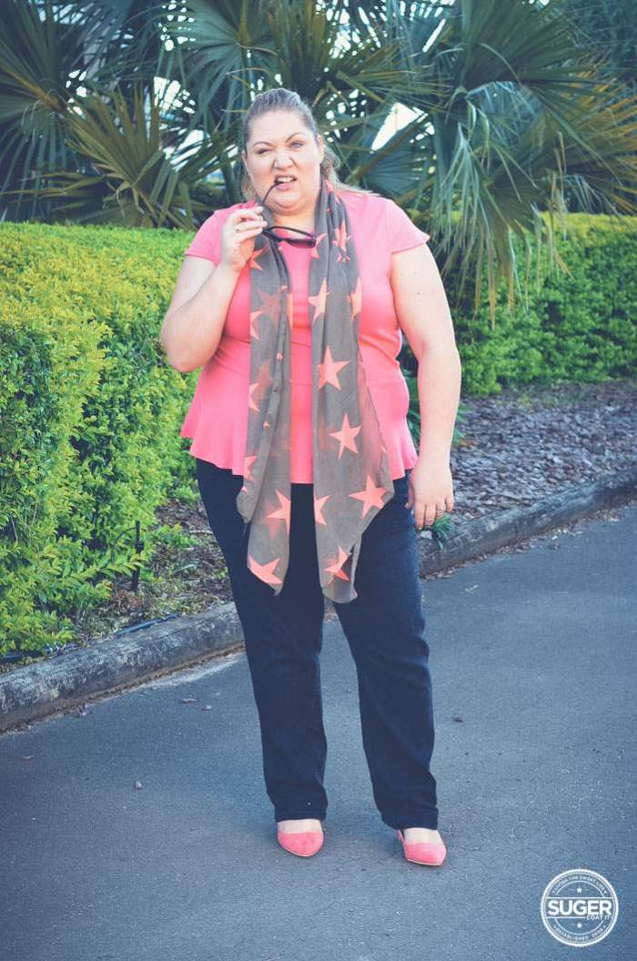 plus size weekend outfit jeans and scarf-9