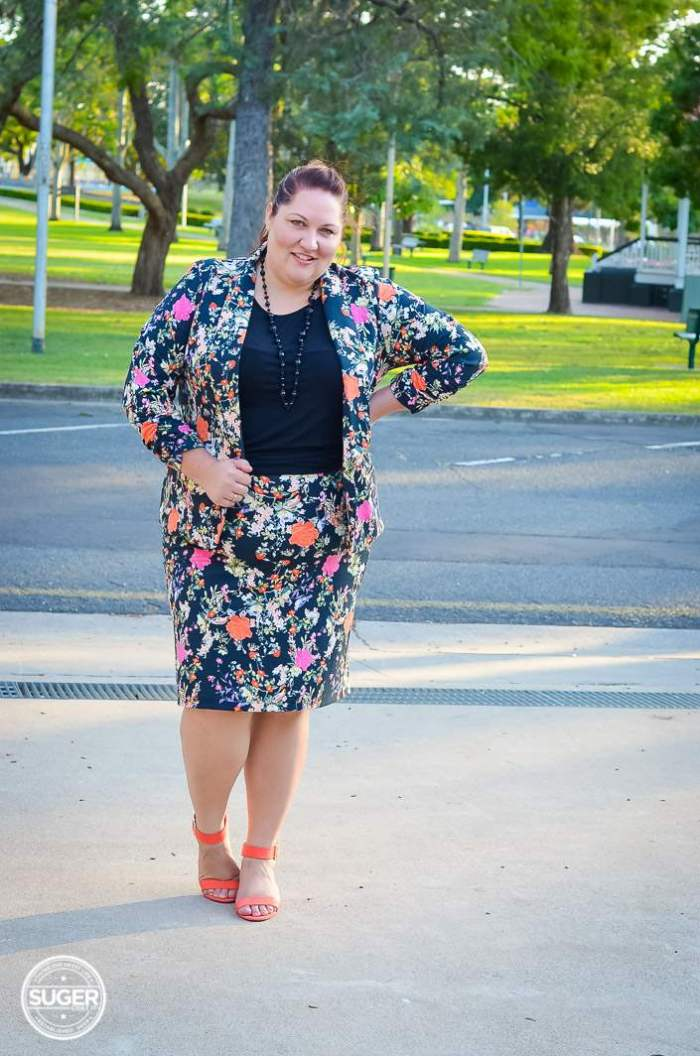 plus size winter floral suit for work-3