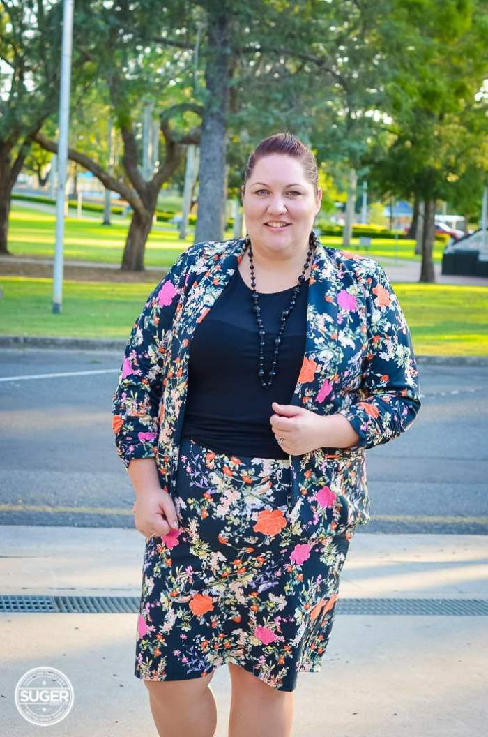 plus size winter floral suit for work-6