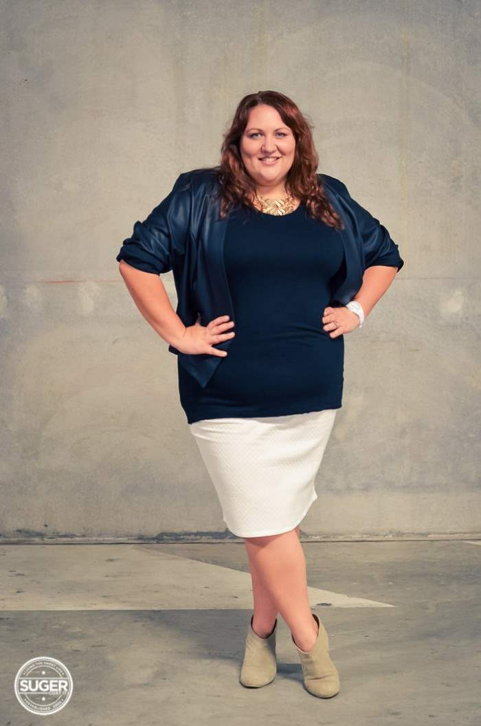 black and white plus-size outfit with boots-5