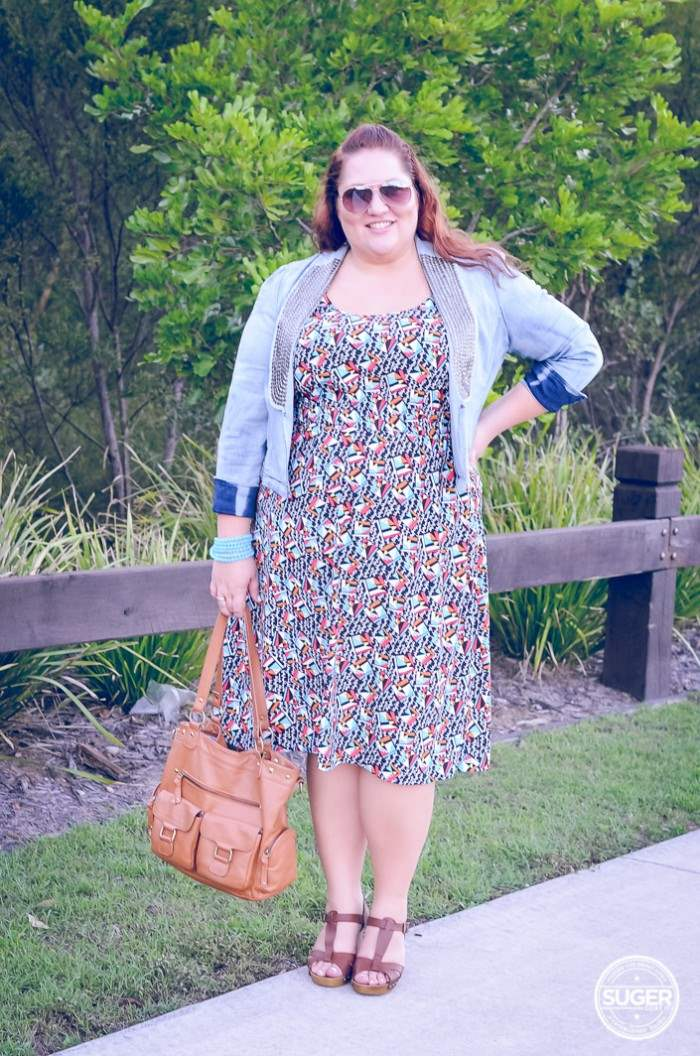 plus size casual dress with denim jacket outfit-1