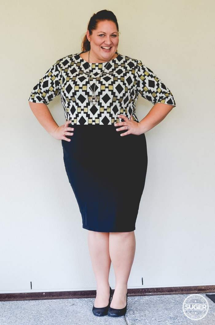 plus size work outfit geo print-3