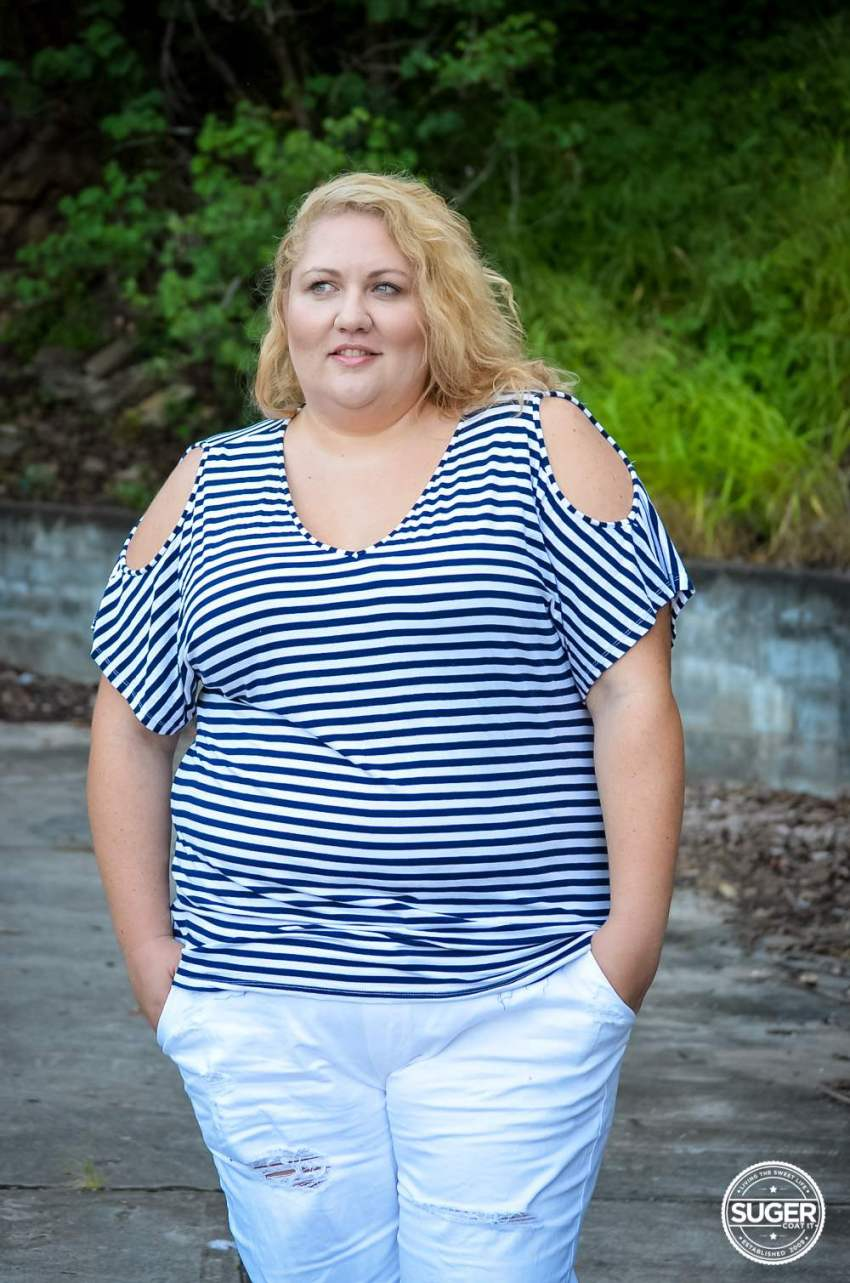 17 sundays plus size casual outfit denim joggers stripe top-13