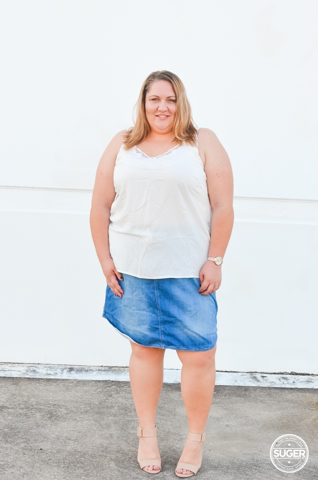 plus size white tank denim skirt casual outfit-4