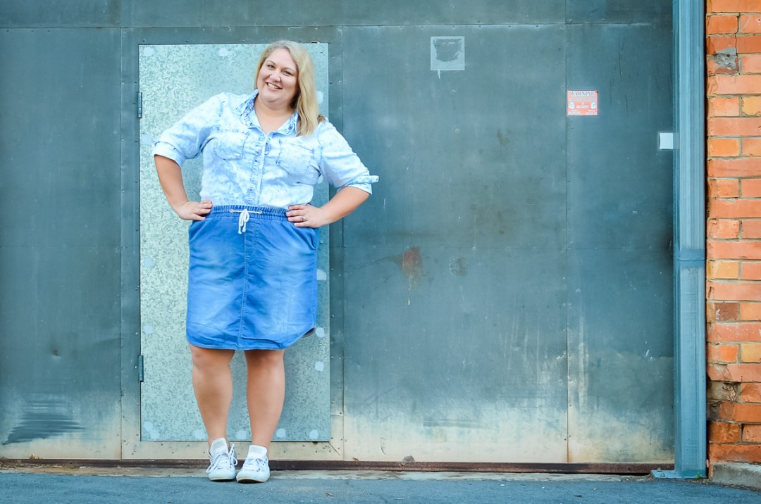 plus size double denim blogger-8