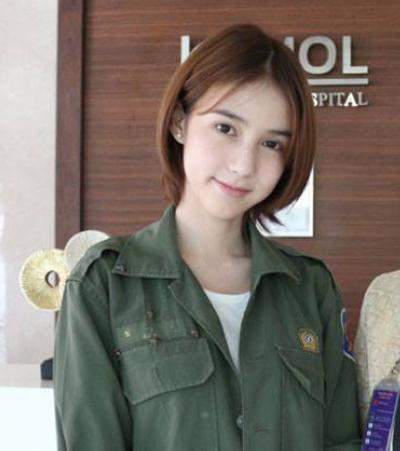yoshi_athospital3