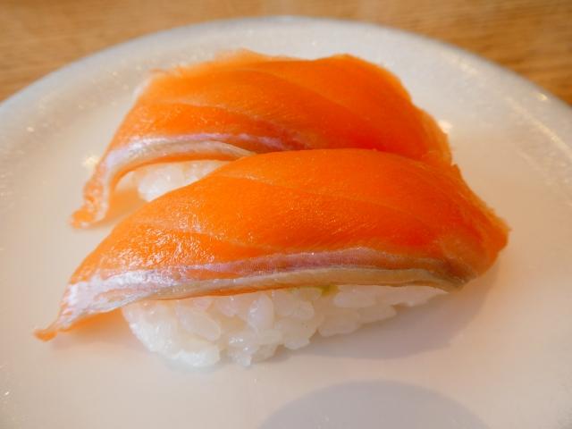 ニジマスの寿司