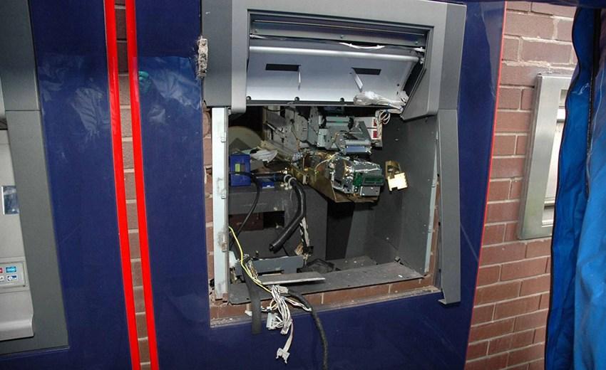 Komoran: Sulmohet me eksploziv bankomati, vidhet shumë e konsiderueshme parash