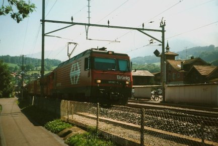 CH CFF Brünig, HGe 4/4 II à Sachselen