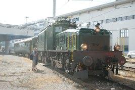 Le train spécial avec la Be 6/8 III est arrivé à Hochdorf