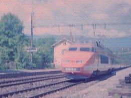 CH - SNCF, TGV à La PLaine (scan de négatif)