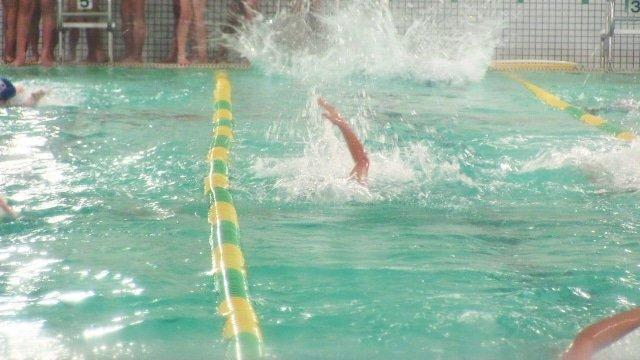 【水泳練習メニュースプリント編】サンプルメニューと選手時代の体験談