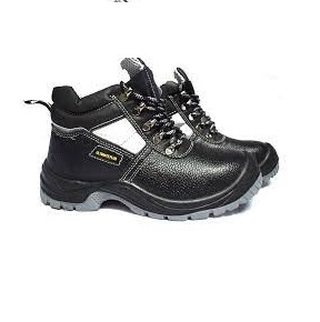 ultimate plus safety boots at suitable homes Nairobi