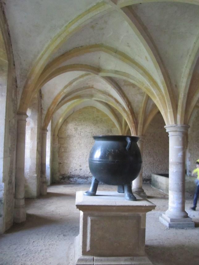 Harry Potter in Lacock, harry potter locations UK, lacock abbey